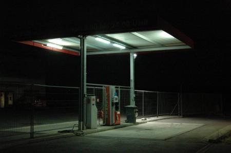 Tankstelle im Gewerbegebiet kurz vor der B20 (bei Firma Appel)