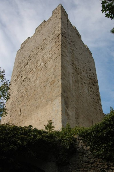 Der imposante Bergfried