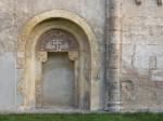 Romanisches Portal an der Kirche in Hennersdorf