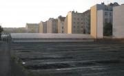 Von Wohnblocks bedrängte Gärtnerei in Simmering