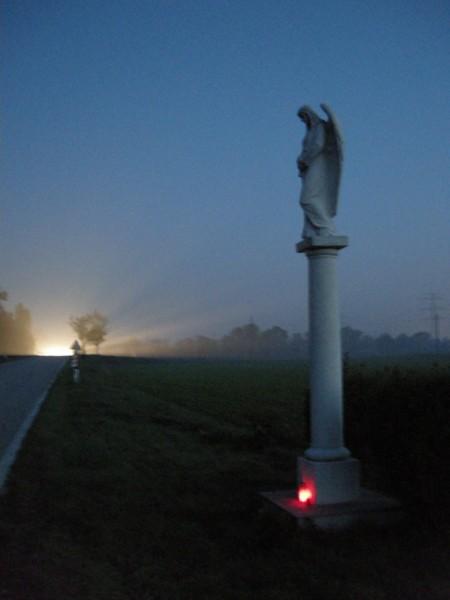 Ein Engel an der Strasse nach Pellendorf