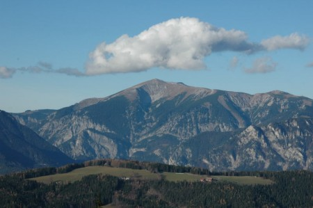 Der Schneeberg hatte immer ein dezentes Wölkchen über dem Gipfel