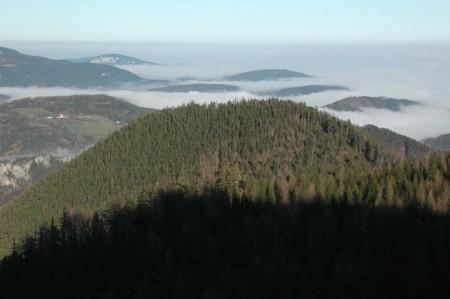 Das Nebelmeer über der Ebene (auf der Heimfahrt tauchten wir bereits in Klamm wieder in den Nebel ein)