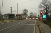 Kurz vor diesem Bahnschranken in Lanzendorf fuhr ich links eine Schotterstraße Richtung Kledering