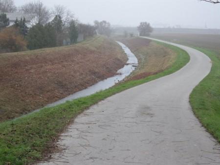 Jetzt weiß ich´s: Leasingbach, Richtung Schwechat