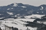 Blick vom Josefsberg nach Joachimsberg, dahinter der Hochstadelberg