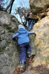 Kletterpartie über eine eingestürzte Höhle