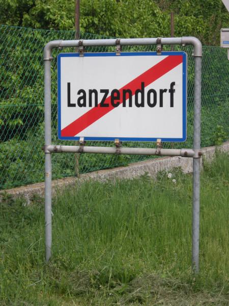 Ich verlasse Lanzendorf Richtung Pellendorf