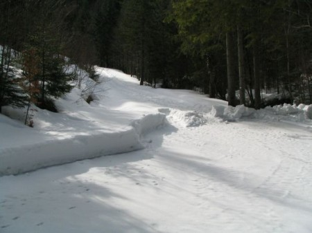 Hier ist noch genug Schnee!