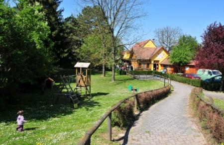Das Forsthaus in Stopfenreuth