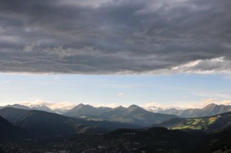 Imposante Wolkenstimmung über Brixen