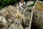 Blick vom Bergfried in die Ruine Landstejn