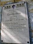 Gedenktafel für eine abgestürzte Jägerin