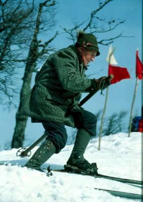Mein Vater Peregrin beim Nostalgieschirennen 1994 - ältester Teilnehmer mit 77 Jahren