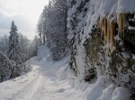 BB Eiszapfen am Felsrand WEB IMG_3815