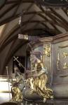 Kanzel mit Priesterhand