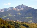 BB Dorf Tirol mit Iffinger