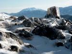 AB Vereistes Blockwerk gegen Schneeberg