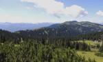 Blick über den Kessel mit der Bernlehnerhütte gegen Hochkar
