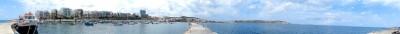 AB Hafenpanorama, zum Baden stellen wir uns aber einen echten Strand vor...