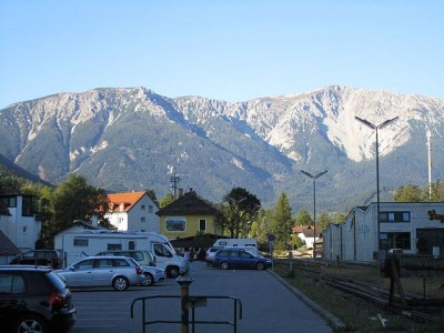 Schneeberg vom Bahnhof Puchberg aus